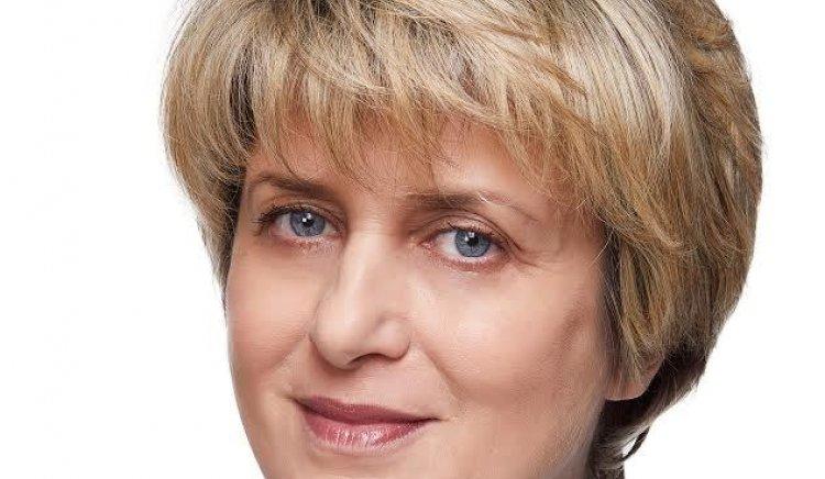 Весела Лечева: Честит празник, България!