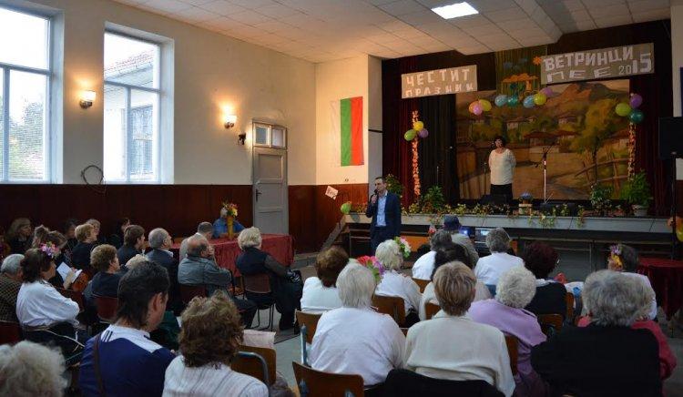 Нова стратегия за финансиране на читалищата предложи Валентин Ламбев