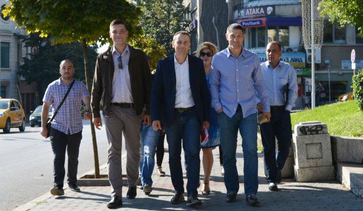 Отборът-победител на БСП регистрира партията в ОИК-Велико Търново